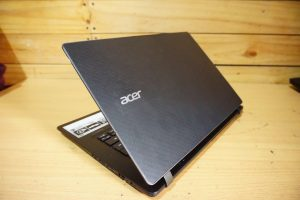 Laptop Acer Aspire V3-371