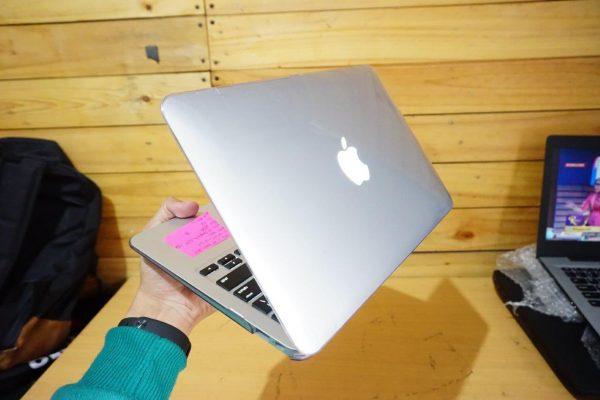 Laptop Macbook Air 11 MJVM2 Early 2015