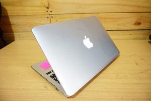 Laptop Macbook Air 11 MJVM2 Early 2015