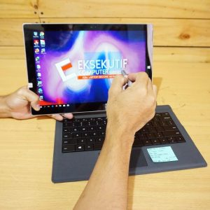 Laptop Microsoft Surface Pro 3 Core i5