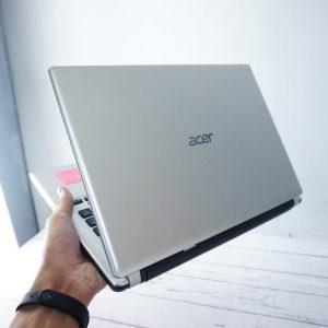 LaptopAcer Aspire V5-473PG Silver