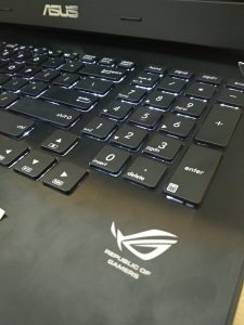 Laptop AsusROG G750JM (2)