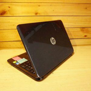 Laptop HP 15-r040tx Core i5 Black