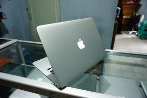 Laptop Macbook Air 13 MQD32 2017