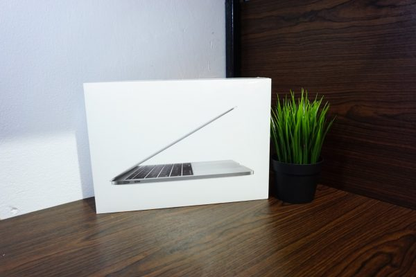 Laptop Macbook Pro 13 Retina MPXQ2 Mid 2017 BNIB