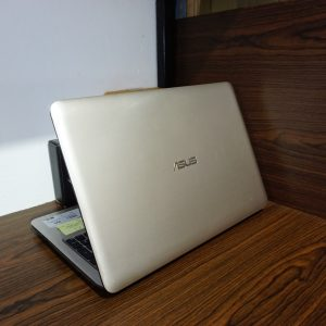 Laptop Asus A556U Core i5 Gold