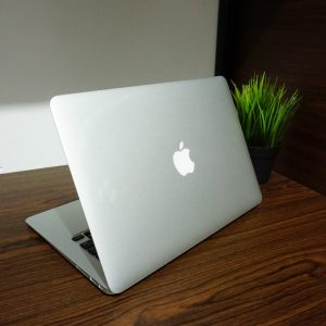 Laptop Macbook Air 13 MQD32 2017 Fullset