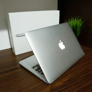 Laptop Macbook Pro 13 Retina ME865 Late 2013 Fullset