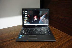 Laptop Asus Aspire 4750 Core i5 Black