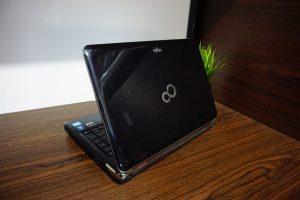 Laptop Fujitsu Lifebook LH531 Core i5 Black