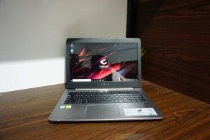 Laptop ASUS K401U core i7 Black