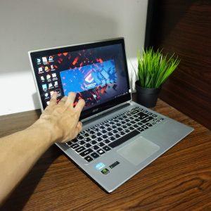 Laptop Acer Aspire V5-471PG Core i7 Touch White