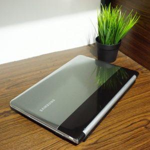 Laptop Samsung NR-RC420 Core i5