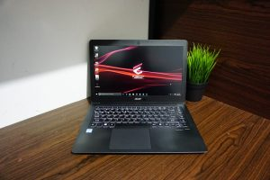 Laptop Acer Travelmate X349-M Core i7