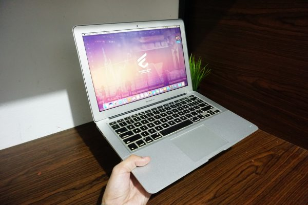 Laptop Macbook Air 13 MC965 Mid 2011