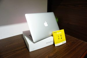 Laptop Macbook Air 13 MQD32 2017 FULLSET iBOX