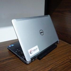 Laptop Dell Precision M2800 Silver