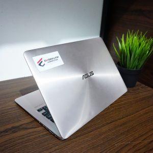 Laptop Asus Zenbook UX303CAK Core M