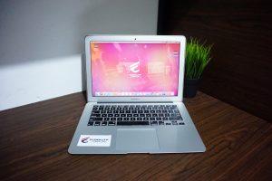 Laptop Macbook Air CTO Early 2015 cc 40
