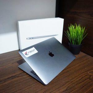 Laptop Macbook Air MRE82 Late 2018 cc 47