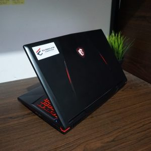 Laptop MSI GL63 8RCS BLACK