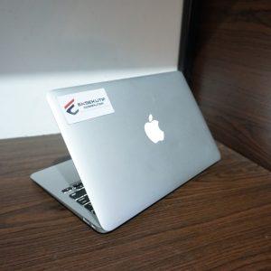 Laptop MACBOOK AIR MD223 MID 2012 CC 573