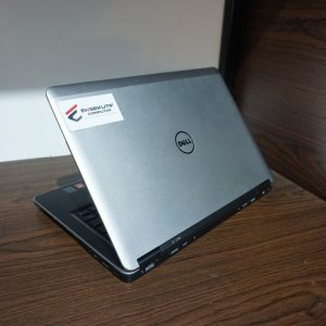 Laptop DELL LATITUDE E7440 i7